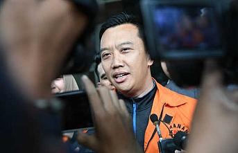 Endonezya'da eski bakana yolsuzluktan 7 yıl hapis cezası