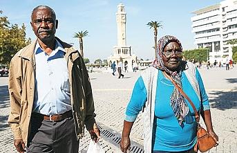 İzmir'de Afro-Türklerden George Floyd'un öldürülmesine tepki