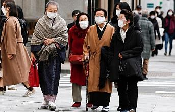 Japonya'da Kovid-19'a karşı 297 milyar dolarlık rekor ek bütçe yasalaştı