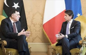 Libya Başbakanı Serrac, İtalya'da Conte ile görüştü