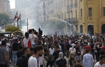 Lübnan'daki gösterilerde 85 kişi yaralandı