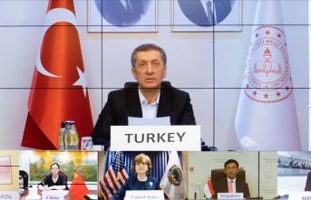Milli Eğitim Bakanı Selçuk, Türkiye'nin Kovid-19 tecrübelerini G20 ülkelerine anlattı