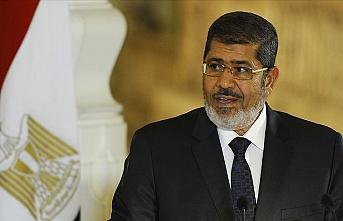 Mısır'da 'ilklerin' Cumhurbaşkanı Mursi'nin mahkeme salonundaki vefatının üzerinden bir yıl geçti