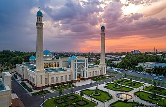 Özbekistan'ın sarı ve yeşil bölgelerinde 5 Haziran'dan itibaren camiler açılacak