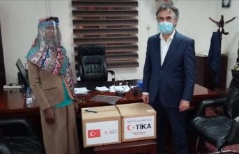 TİKA'nın ürettiği siperlikli maskeler Sudan Sağlık Bakanlığına teslim edildi