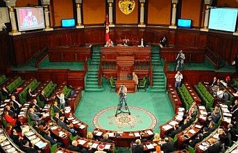 Tunus Meclisi Fransa'nın sömürge dönemi için özür dilemesinin istendiği teklifi kabul etmedi