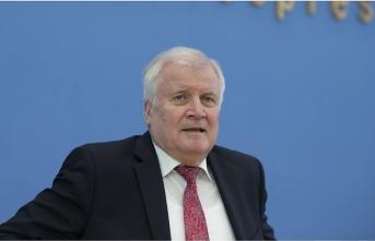 Alman Bakan Seehofer: AB-Türkiye (göç) mutabakatının yeniden hayata geçirilmesi büyük önem arz ediyor