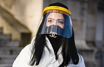 Avustralya'da maske takmak zorunluluğu