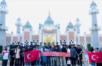 Ayasofya-i Kebir Camii'ndeki cuma namazı Tayland'da kutlandı