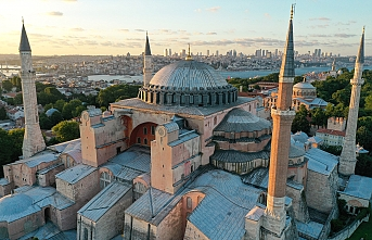 Ayasofya'ya 2 imam ve 4 müezzin atanacak