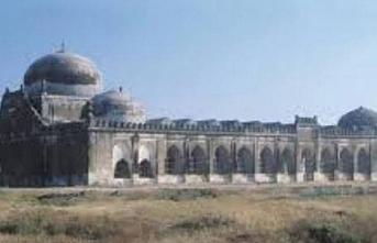 Babri camisinin yerine tapınak oluyor