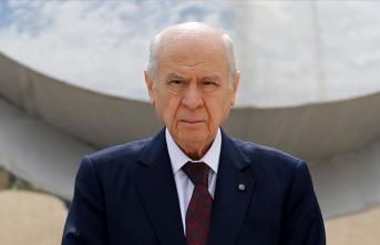 Bahçeli: Yunanistan'da bayrakların yarıya indirilmesi kendi meseleleridir, Türkiye'yi ilgilendirmeyecektir