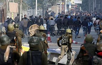 Cammu Keşmir'de bağımsızlık yanlısı siyasetçi gözaltına alındı