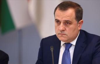 Çavuşoğlu, Azerbaycan'ın yeni Dışişleri Bakanı Bayramov'u tebrik etti