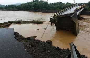 Endonezya'da sel felaketi: Ölü sayısı 25'e yükseldi