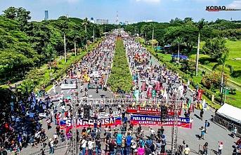 Filipinler'de terörle mücadele yasası protesto edildi