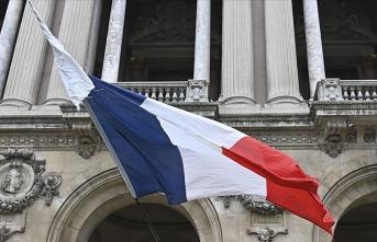 Fransa'dan 'Libya'daki savaşa dış müdahalelerin durması' talebi