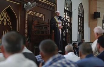 Gazze'deki bayram hutbesinde sözde barış planı ve ilhaka karşı birlik vurgusu yapıldı