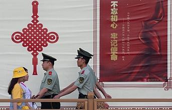 Geç hareket etmekle suçlanan Dünya Sağlık Örgütü'nden heyet Çin'e gitti