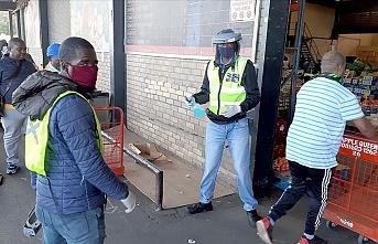 Güney Afrika Cumhuriyeti'nde korkutan tablo: Yıl sonuna kadar 40-50 bin kişi ölebilir