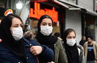 İran'da maske kararı: Toplu taşıma araçlarında zorunlu oldu
