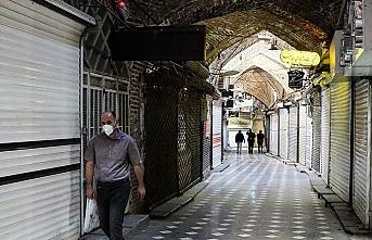 İran'da son 24 saatte 212 kişi koronavirüsten hayatını kaybetti