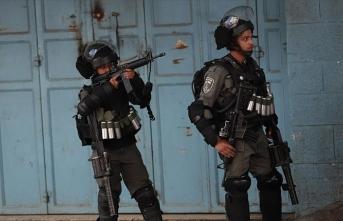 İsrail güçleri Batı Şeria'daki gösterilerde 2 Filistinliyi yaraladı