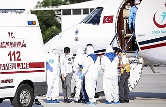 Kırgızistan'daki koronavirüs hastası 4 Türk vatandaşı yurda getirildi