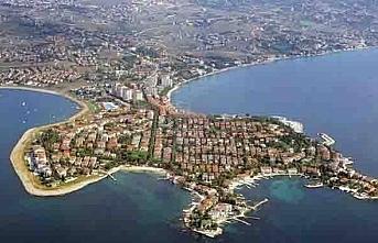 Kocaeli Körfez'de karantinaya alınan 5 apartmana gıda kolisi bırakıldı