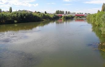 Meriç nehri kimyasal gübre ile kirlenmiş