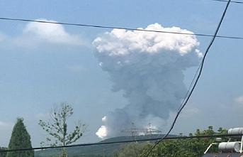 Sakarya Valisi: Patlamalar devam ettiği için müdahale edemiyoruz.. Üç Bakan bölgeye doğru hareket etti