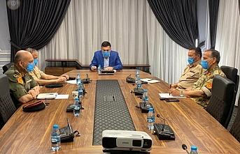 Serrac, askeri bölge komutanlarıyla Sirte-Cufra bölgesindeki operasyonları görüştü