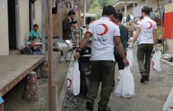 Türk Kızılay Endonezya'da 13 bin aileye kurban eti ulaştıracak