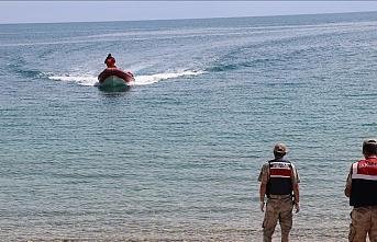 Van Gölü'nde teknenin batması sonucu kaybolan 3 kişinin daha cesedi bulundu
