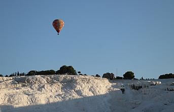 162 gün sonra balonlar yeniden uçmaya başladı