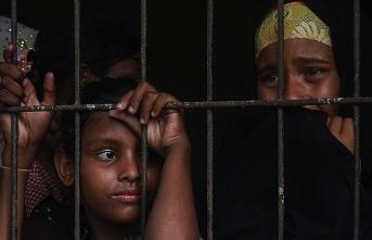 Arakanlı Müslümanların yüzü gülmüyor