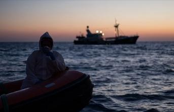 BM: Libya açıklarında tekne kazasında 5'i çocuk en az 45 düzensiz göçmen öldü