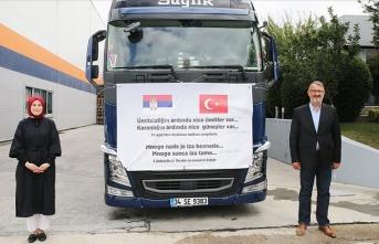 DEİK organizasyonuyla hazırlanan tıbbi yardım tırı, Sırbistan'ın Sancak bölgesine hareket etti