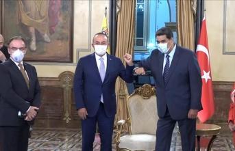 Dışişleri Bakanı Çavuşoğlu, Venezuela Devlet Başkanı Maduro ile bir araya geldi