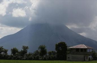 Endonezya'da yanardağ uyarısı