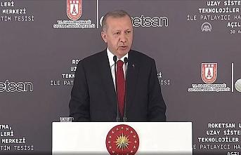 Erdoğan'dan sert açıklama: Bağını koparmış zavallılardır