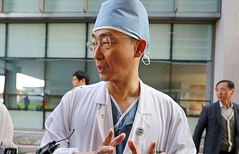 Güney Kore'de doktor adayları Kovid-19 salgınına rağmen greve çıkıyor