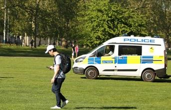 İngiltere'de azınlıkların yüzde 65'i polisin ırkçı ön yargılara sahip olduğunu düşünüyor