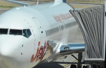İngiltere, ülkeye hava yoluyla gelen yolculara Kovid-19 testi yapmaya hazırlanıyor