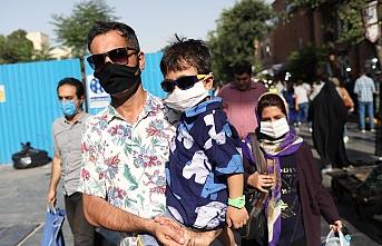 İran'da Kovid-19 nedeniyle can kaybı 21 bini aştı