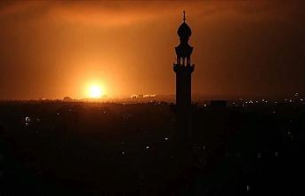 İşgalci İsrail Gazze'ye yönelik hava saldırılarını sürdürüyor