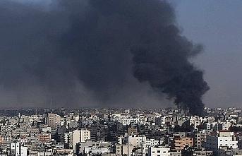 İsrail ordusu Gazze'yi top atışı ile hedef aldı