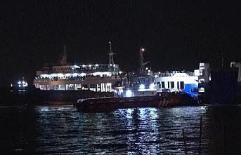 Marmara Denizi'nde arabalı yolcu feribotu arızalandı, yüzlerce yolcu mahsur kaldı