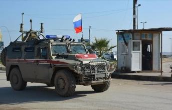 Rus askeri aracı ABD askeri aracına çaptı