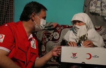 Türk Kızılay yurt içi ve dışında 4 milyon kişiye kurban eti ulaştırmayı hedefliyor
